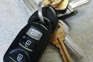 Mientras un auto tenga prendas, te podrán pasar las llaves pero el auto no será tuyo