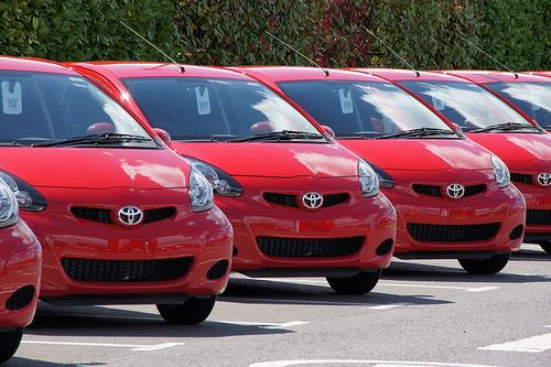 mientras más caro el auto, más caro el permiso de circulación